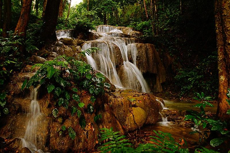 Водопад Пу Каенг в Чианграе