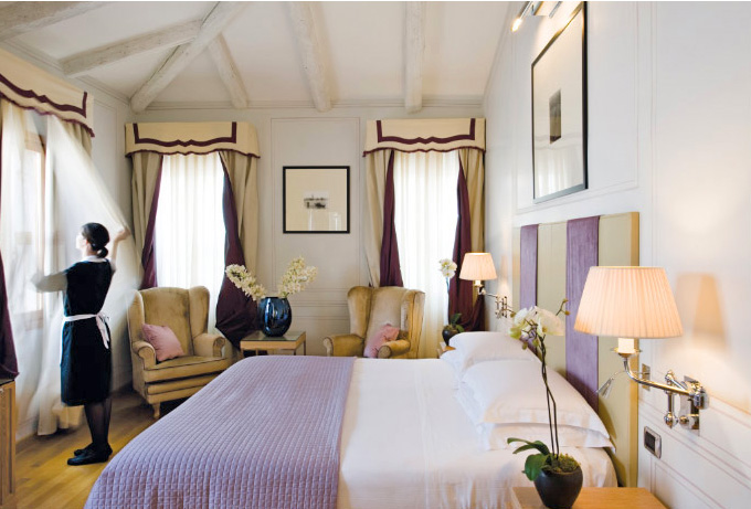 Улучшенный номер (Superior) в Starhotels Splendid Venice