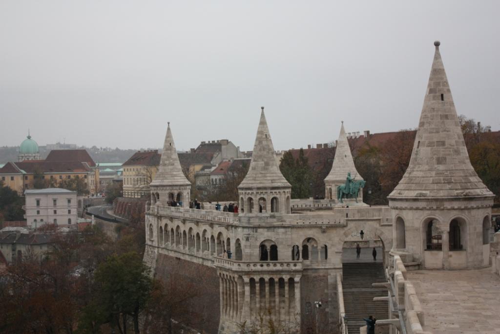 Панорама со стен Рыбацкого бастиона в Будапеште