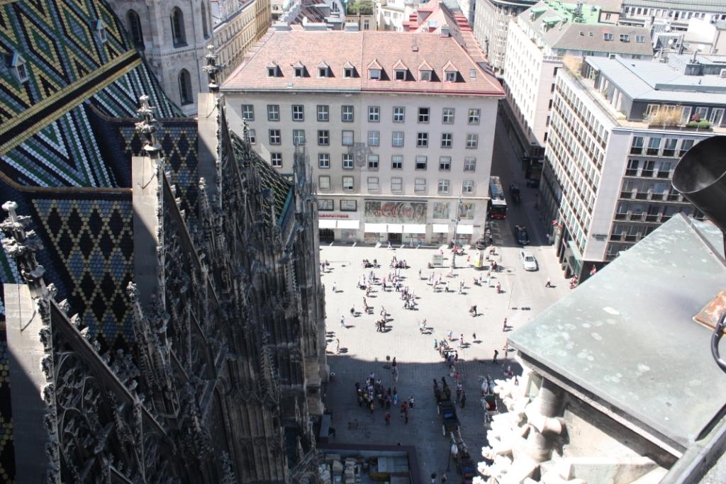 Вид с собора святого Стефана в Вене