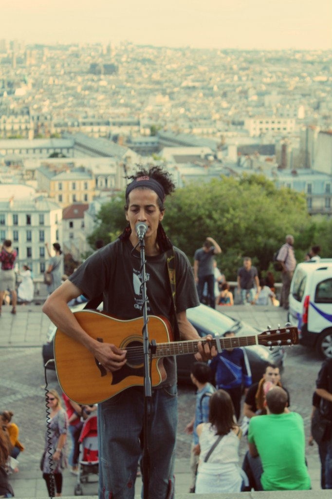 Музыкант в Париже