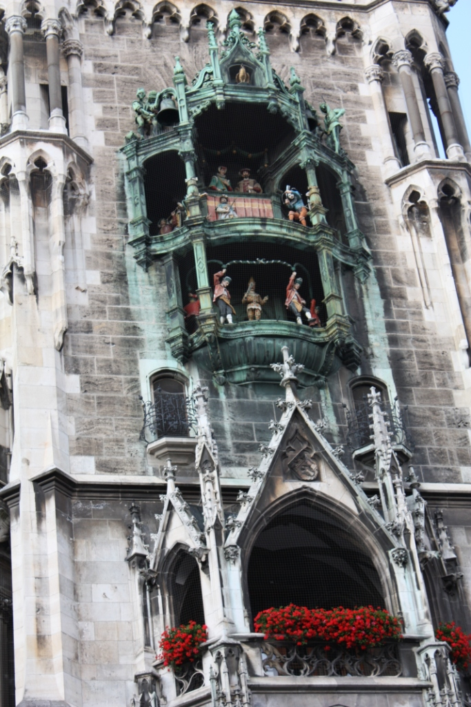 Часы Глокеншпиль на Ратуше в Мюнхене