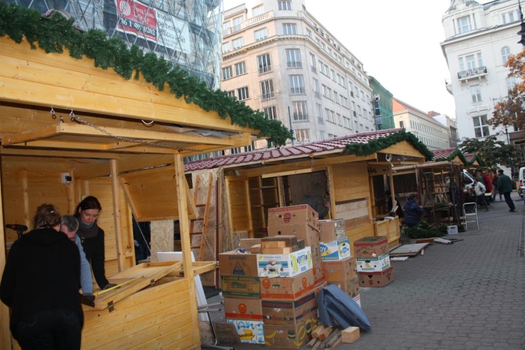Рождественский-базар-в-Будапеште