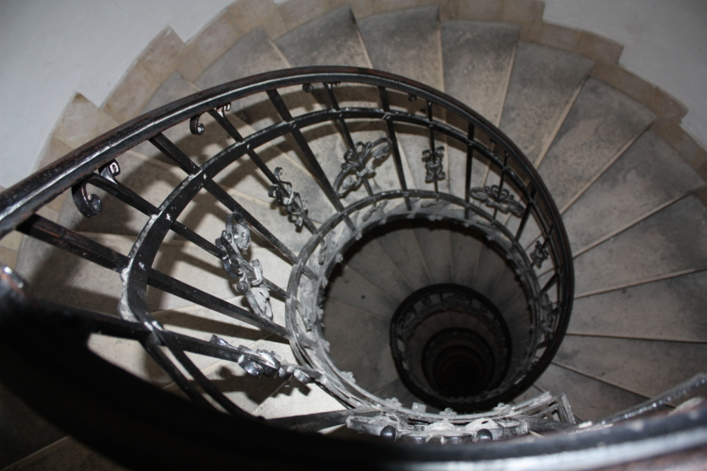 Базилика-Святого-Иштвана-лестница-на-купол