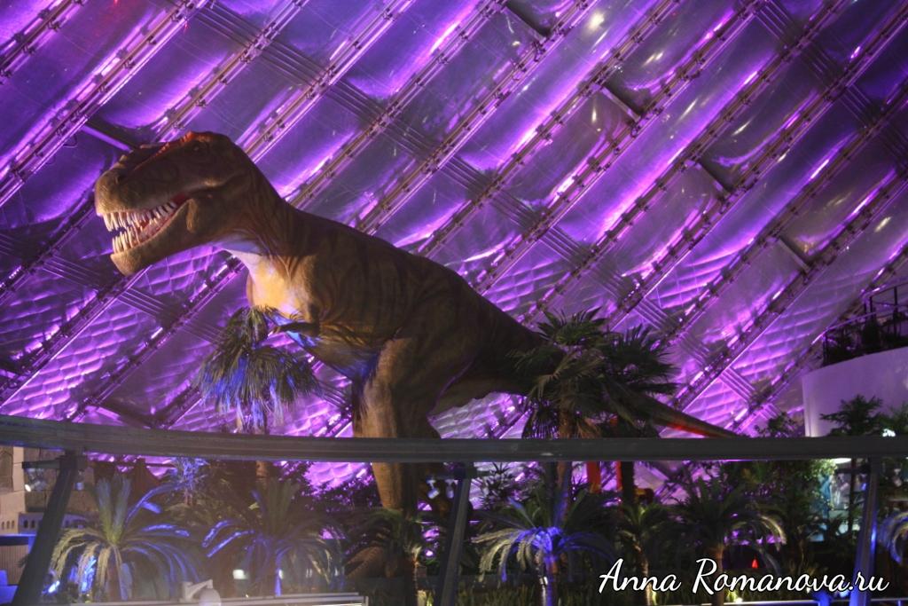 Парк-динозавров-в-Астане