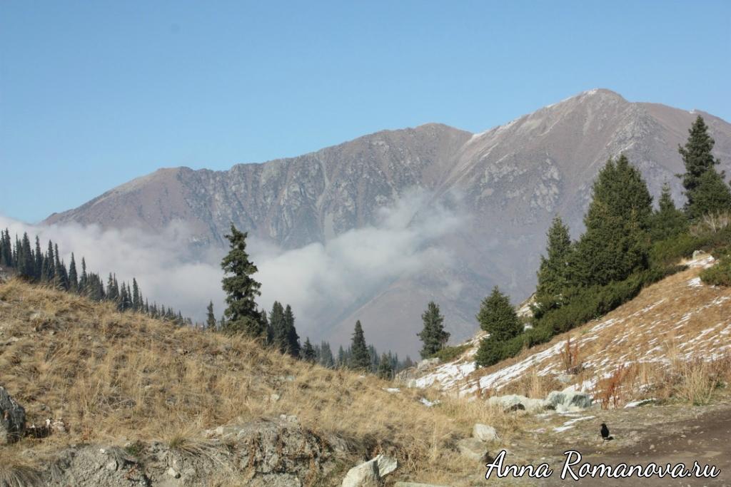 Облака-в-горах-Тянь-Шань