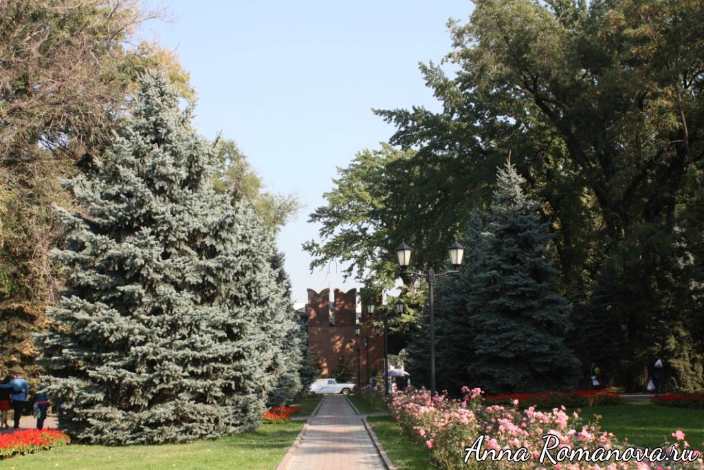 Аллея глав государств в Алматы