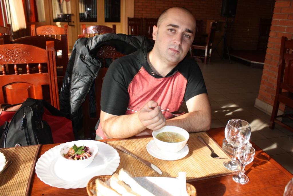 Игорь-Дзюба-Придорожное-кафе