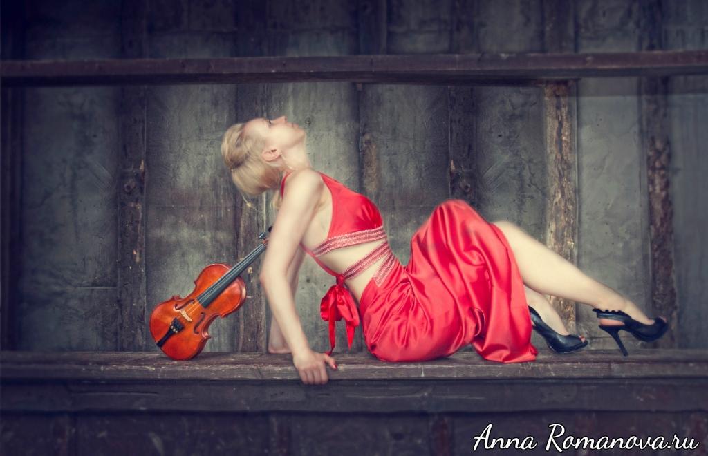 Анна Романова фотосессия в необычном месте