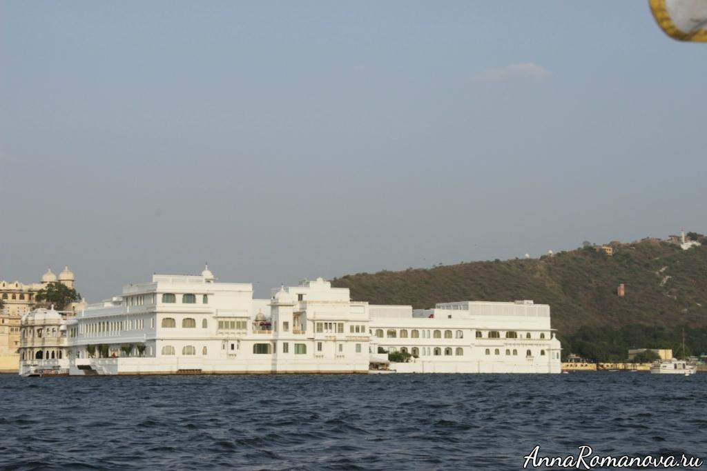 Удайпур Озерный Дворец