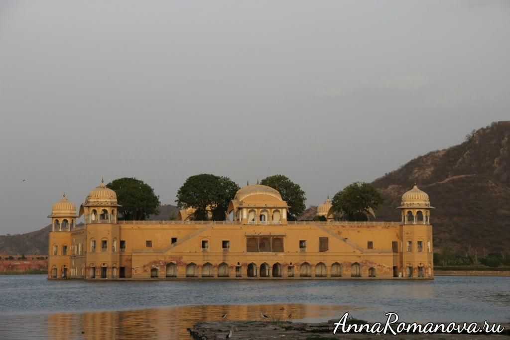 дворец-на-воде-джайпур