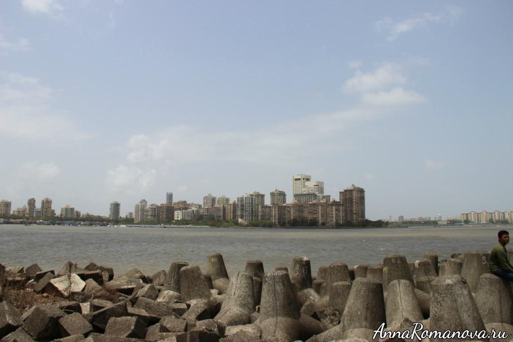 необычные камни в Мумбаи