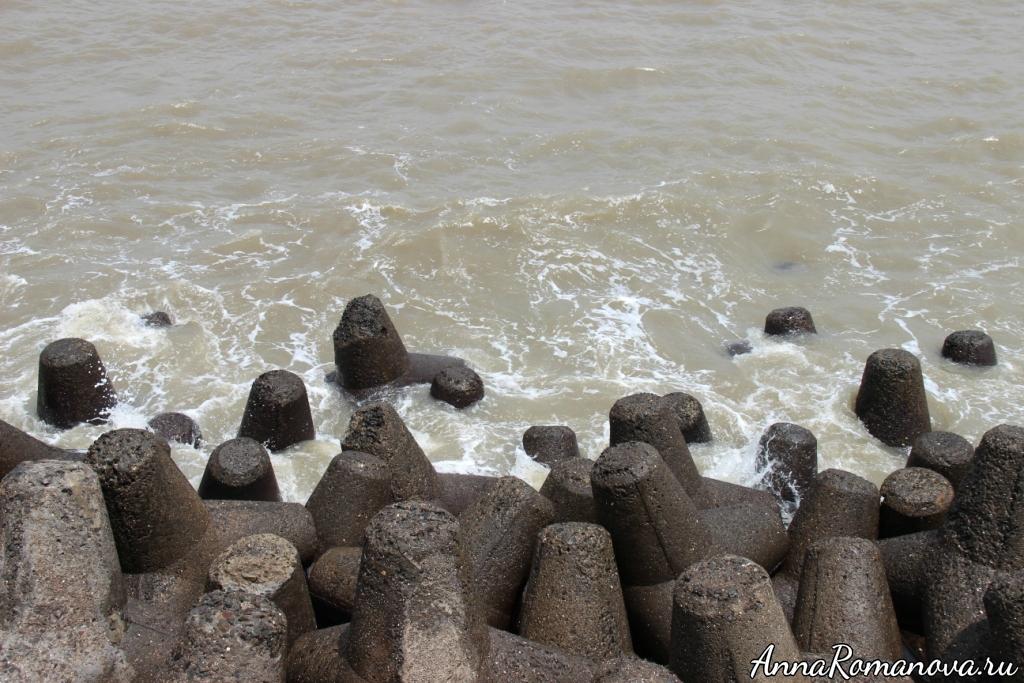 необычные камни