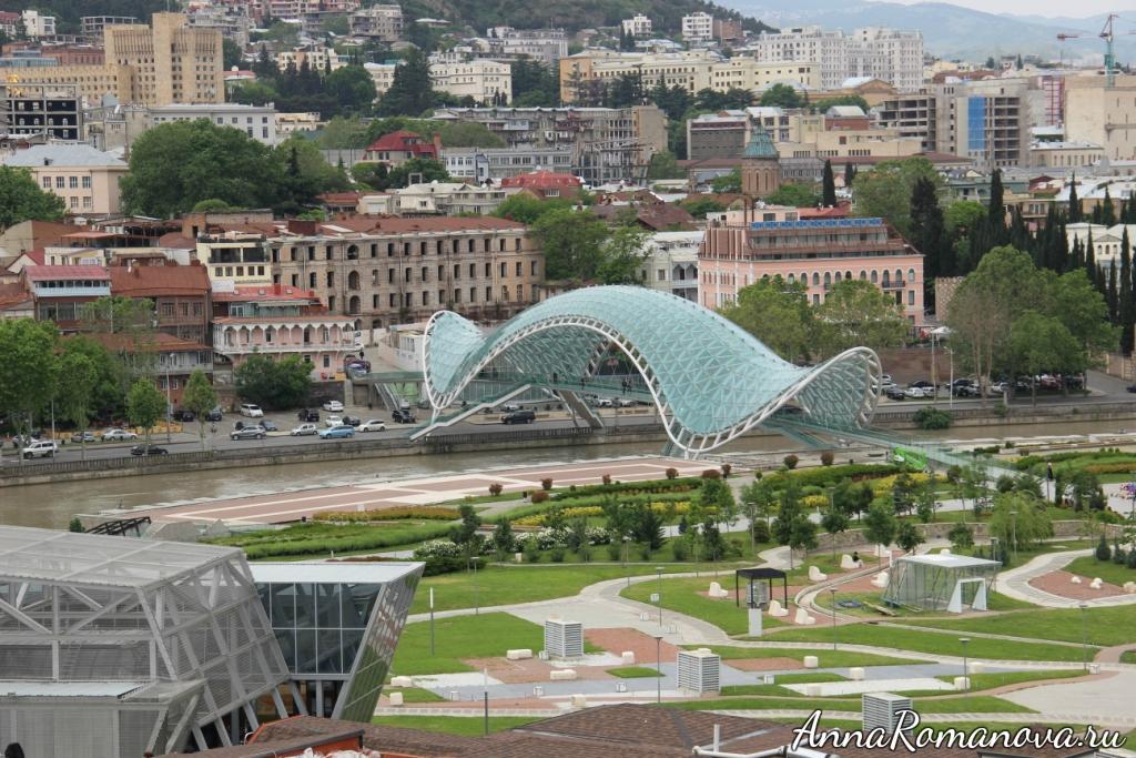 мост мира тбилиси