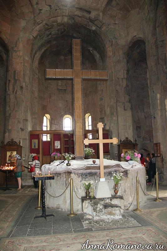 крест святой нино джвари