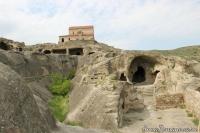 Уплисцихе церковь наверху на камнях